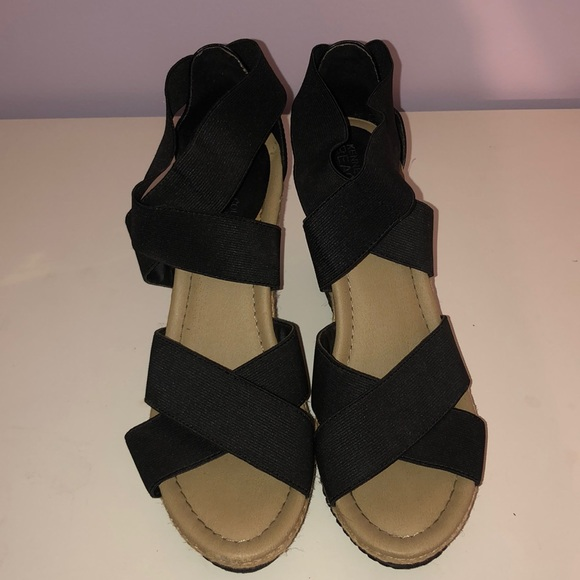 Kenneth Cole Reaction Shoes - Black ankle wrap and cork wedges